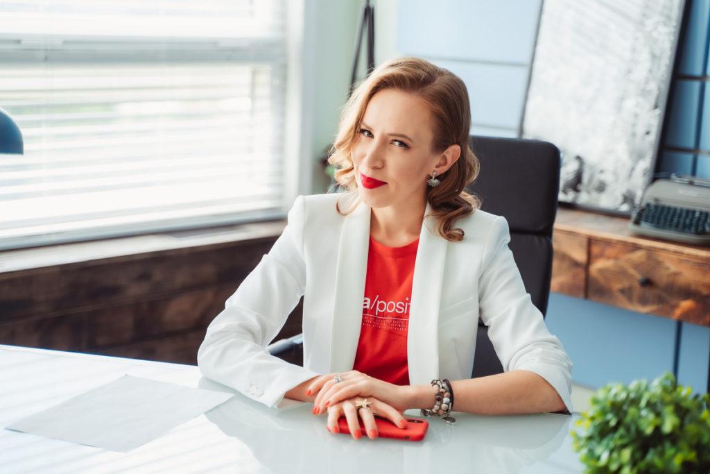 Вебинар «Как создать постоянный поток клиентов через личный бренд»